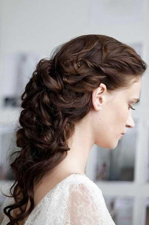 Peinados vintage para el baile de pelo largo