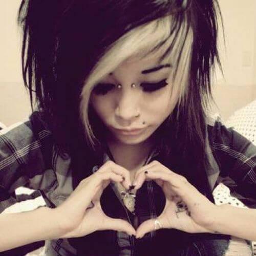 pelo emo negro y rubio para niñas