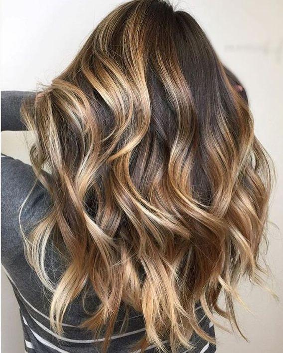 cintas de cabello castaño dorado con reflejos rubios