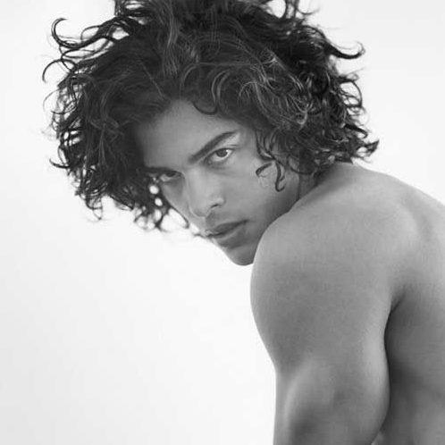 peinados de longitud media playa para hombres
