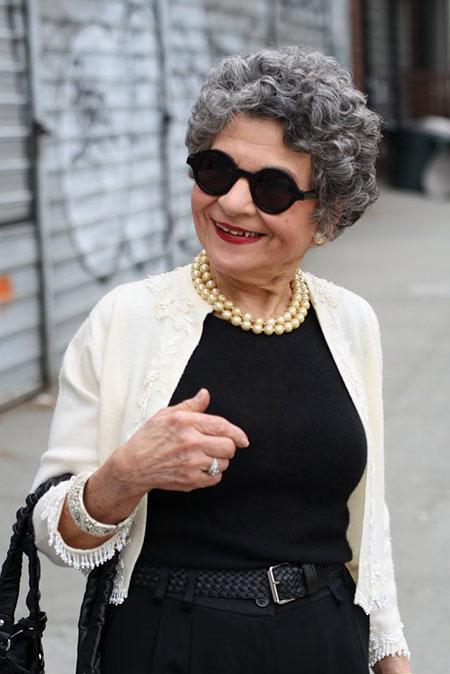 25 elegantes peinados cortos para mujeres mayores_13