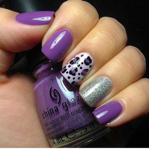 Purple y Glitter Leopard Nail Design.