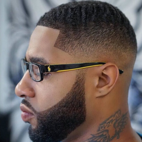 Peinado corto Fade Fade negro masculino