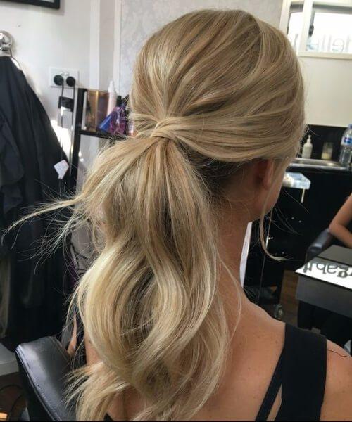 desordenado ponytail prom updos