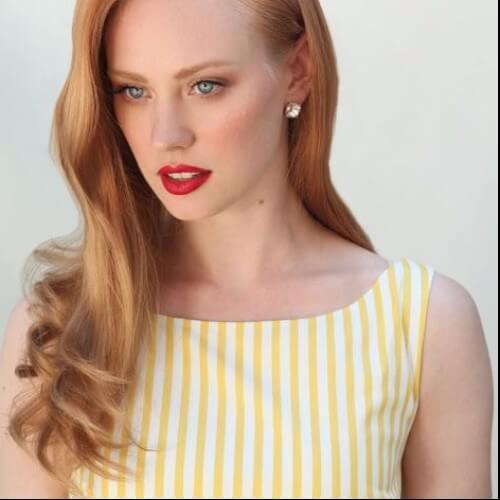 pelo rojo del peinado de la vendimia