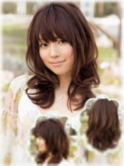 Peinados asiáticos para el pelo largo y rizado con flequillo
