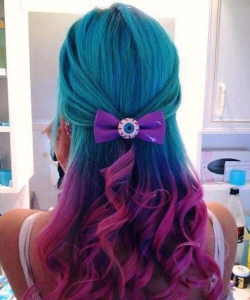 caprichoso color de pelo verde azulado