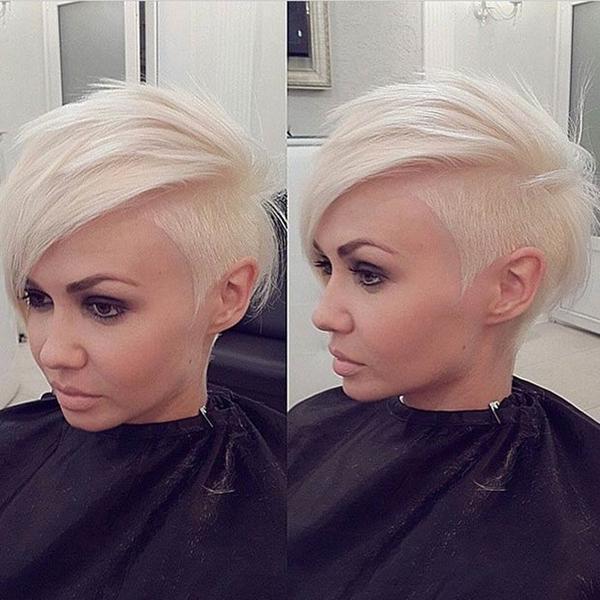 7020216-lado afeitado-estilo de pelo