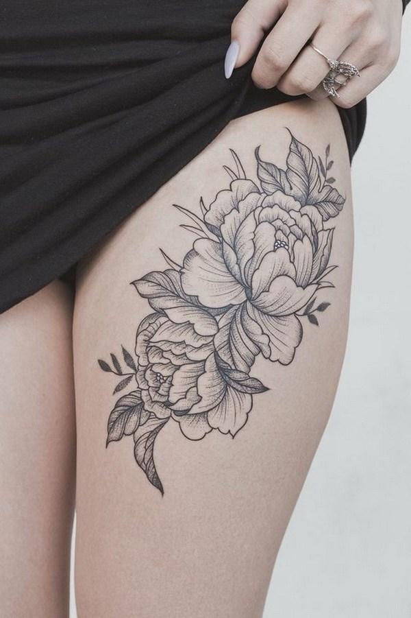 Peony flor tatuaje del muslo.