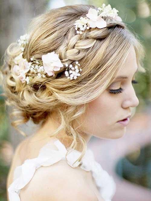 Bonitos peinados de boda rústicos trenzados