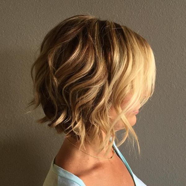 66280816-short-rizado-hairstylesshortwavyblondebobhairstyle
