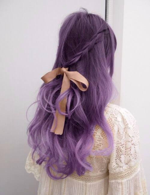 pelo púrpura hada femenina vintage