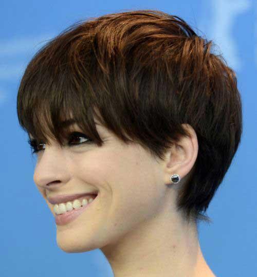 Pelo corto de Anne Hathaway para caras redondas