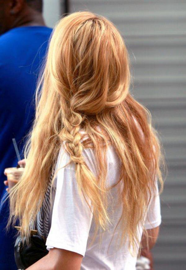 4250816-fresa-rubio-cabello