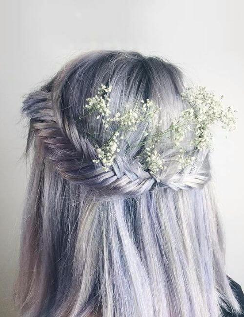 pelo azul damas de honor peinados