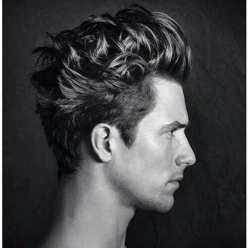 Peinado ondulado dinámico