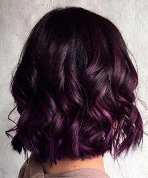 pelo corto balayage púrpura real