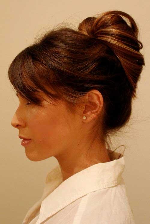 Bollo simple sencillo para cabello largo