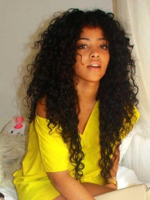 Peinados para niñas de pelo rizado