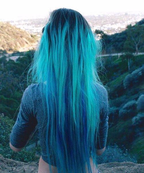 como el color del pelo verde azulado