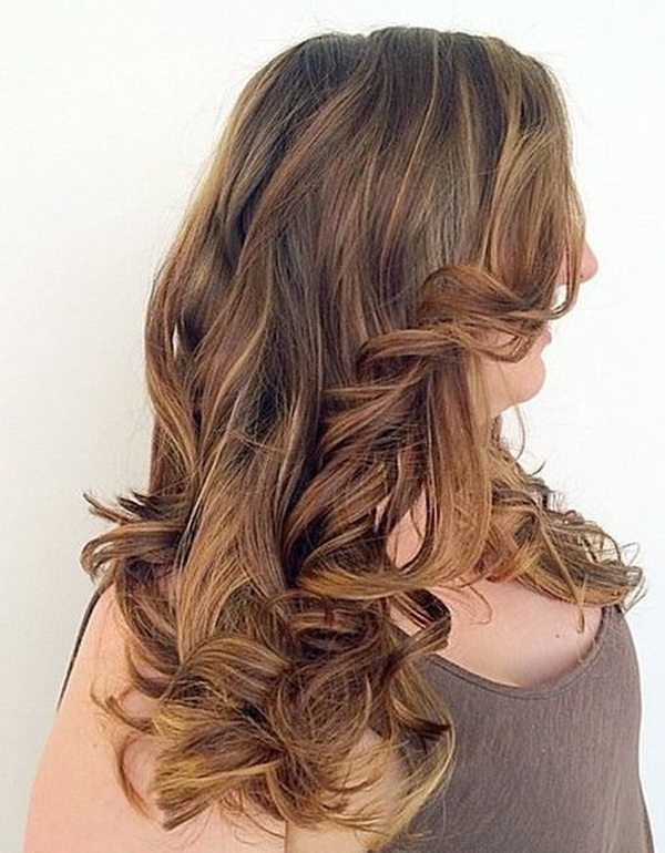 50150916-highlights-for-brown-hair