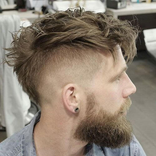 Peinados Mohawk en capas