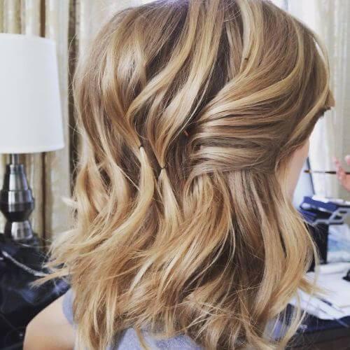 color de cabello rubio caramelo en balayage