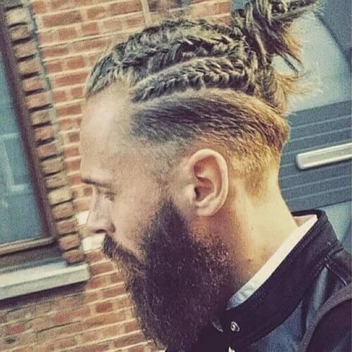 rubio hombre bollo largos peinados para hombres