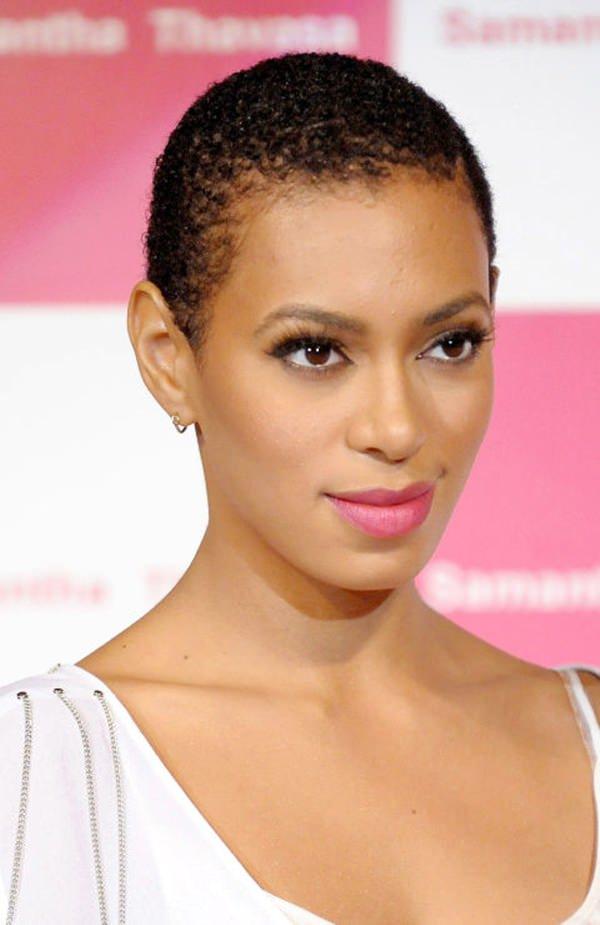 peinados cortos para mujeres negras 13