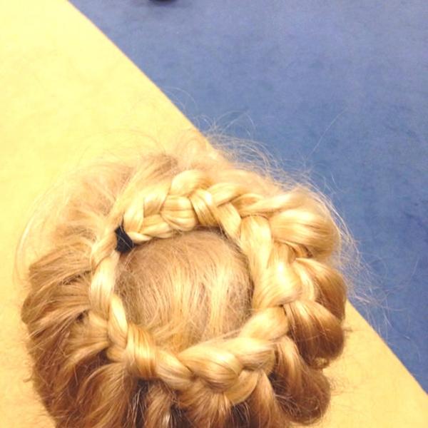 10150916-little-girl-hairstyles