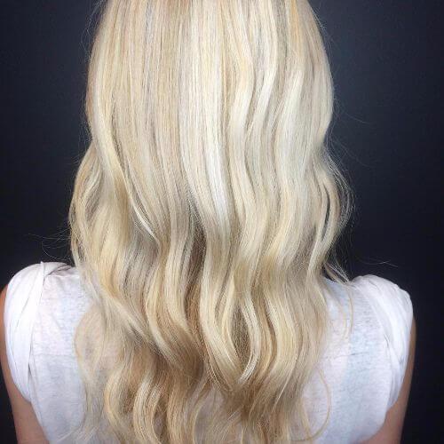 reflejos rubios en el cabello rubio