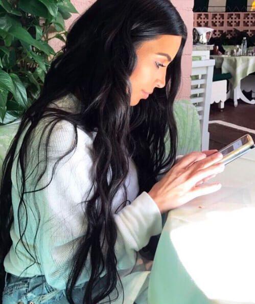 kim kardashian tejer peinados