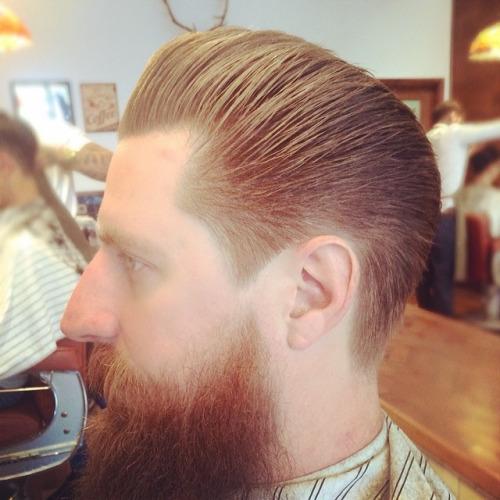 peinados pomp ordenado para hombres