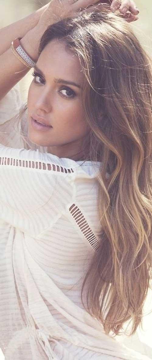Jessica Alba largo peinado