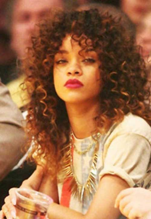 Rihanna Long Curly Hair-18