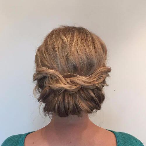 trenzado de bollos bajos para el pelo corto