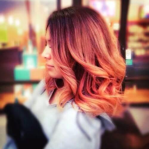 ondulado cabello rubio fresa