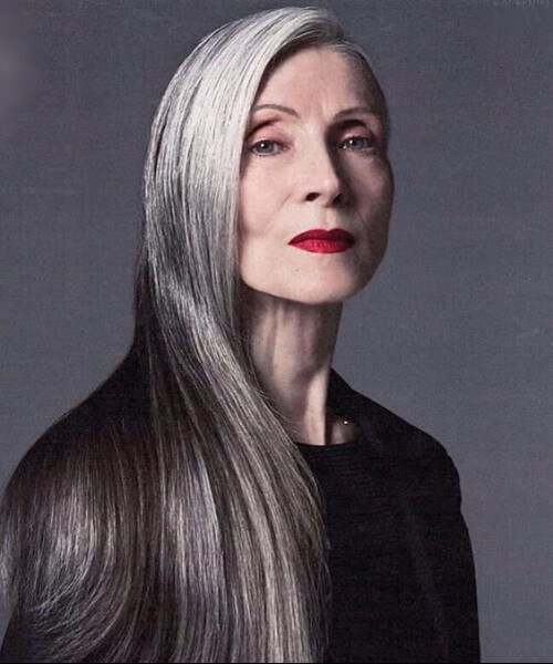 peinados para mujeres de más de 50 largos cabellos lacios