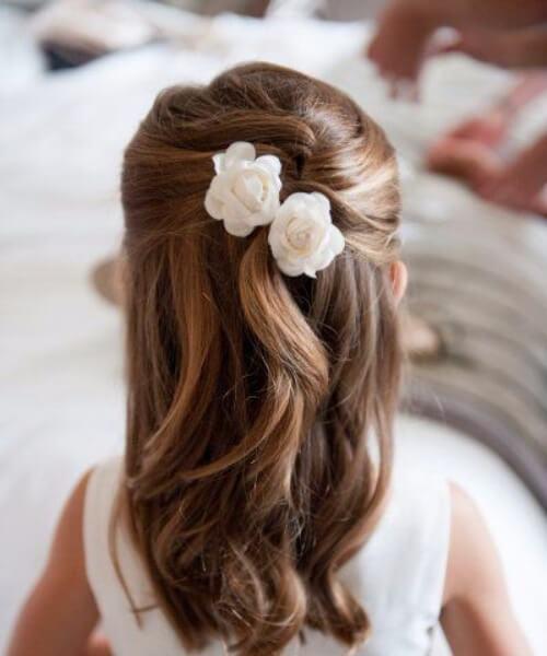 pequeña niña de las flores pequeñas niñas peinados