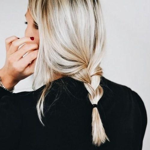trenzas sueltas peinados rubios