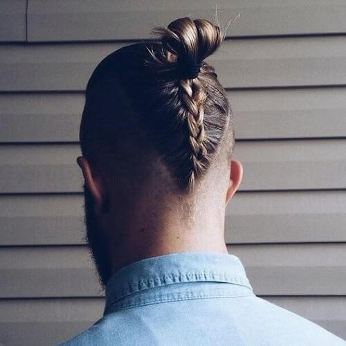 Peinados Mohawk trenzados para hombres