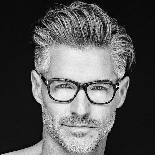 peinados modernos para hombres mayores de 50 años