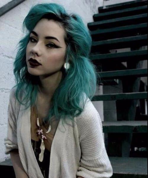 color de pelo verde azulado hipster