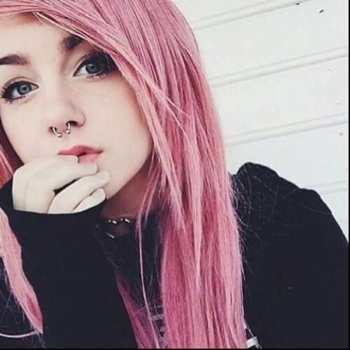 cabello largo rosado