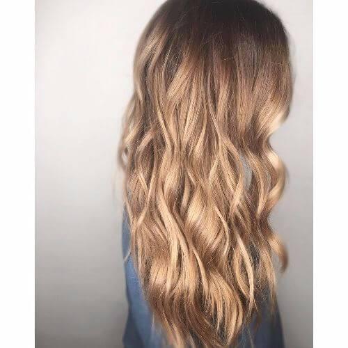 cabello largo en capas