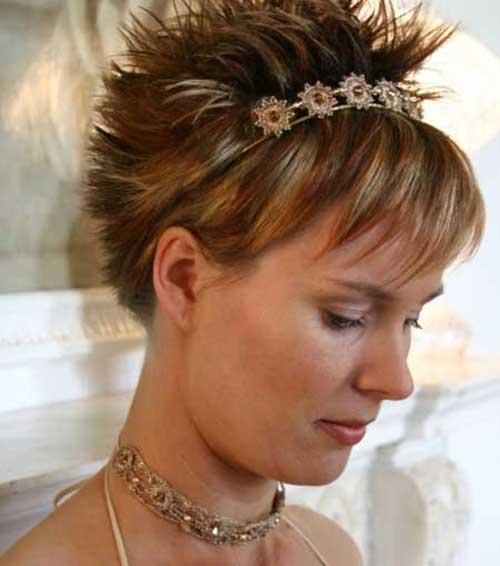 Peinados cortos de punta para la boda