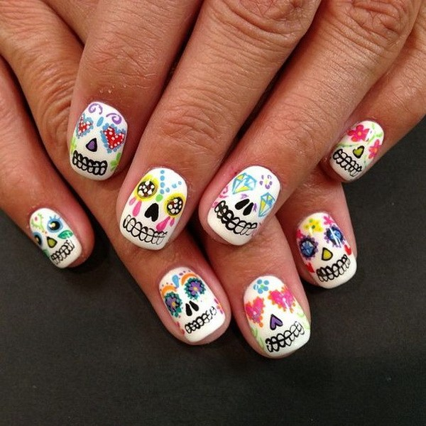 El más lindo arte de uñas para Halloween.  Ideas de arte de uñas de Halloween.