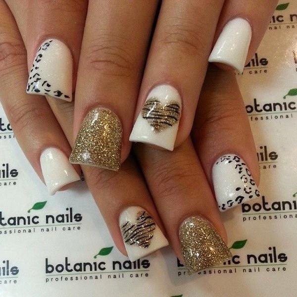 diseños de uñas con estampado de leopardo y guepardo.