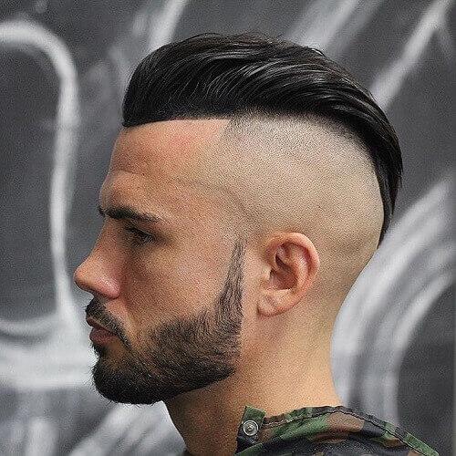 Viudas Peak Undercut Peinados