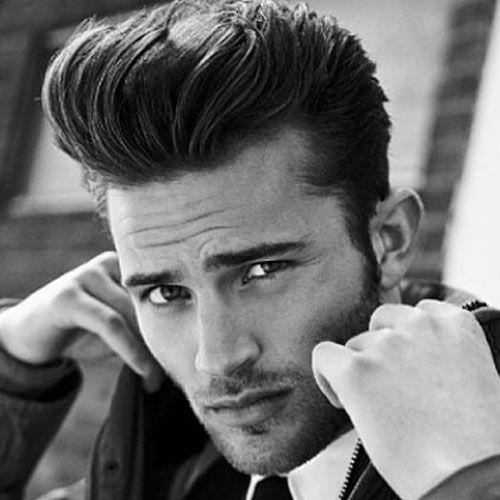 peinados de pomp detallados para hombres